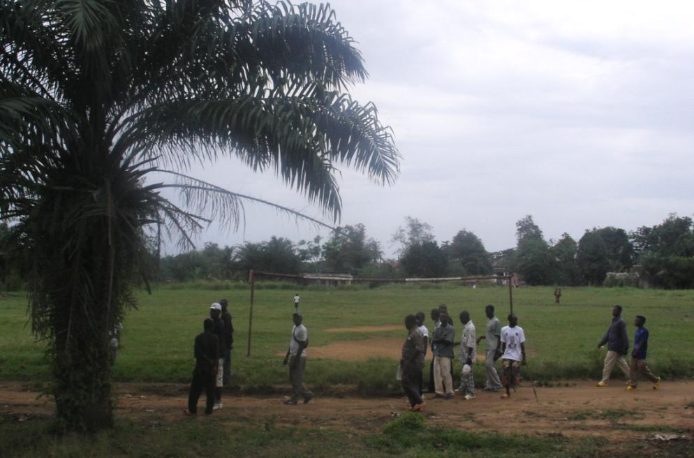 Terrain de foot à Boende